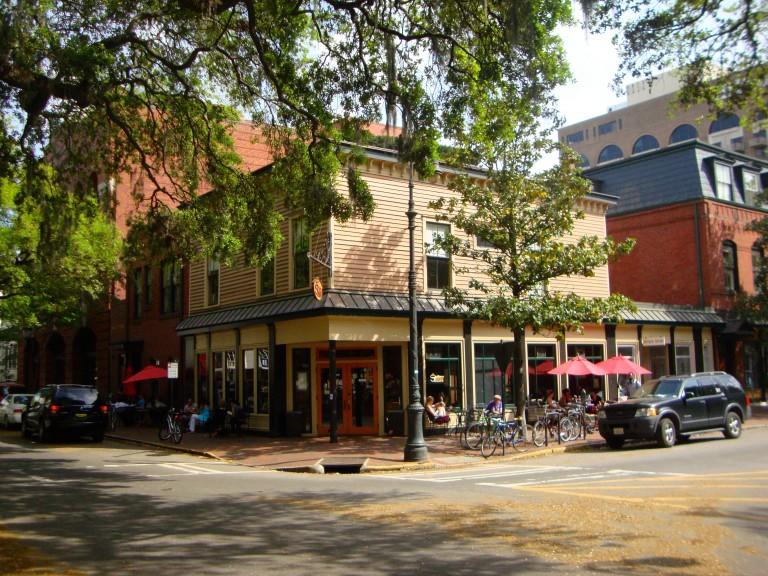 Savannah_Bull_Street