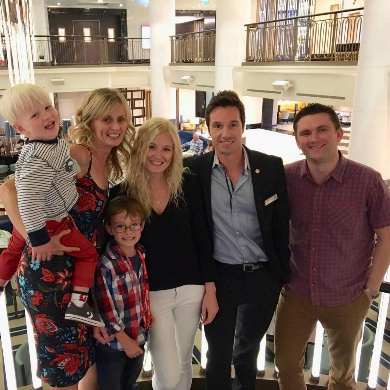 Group photo in the Atrium P&O Cruises Britannia