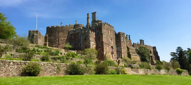 Review Berkeley Castle, Gloucestershire