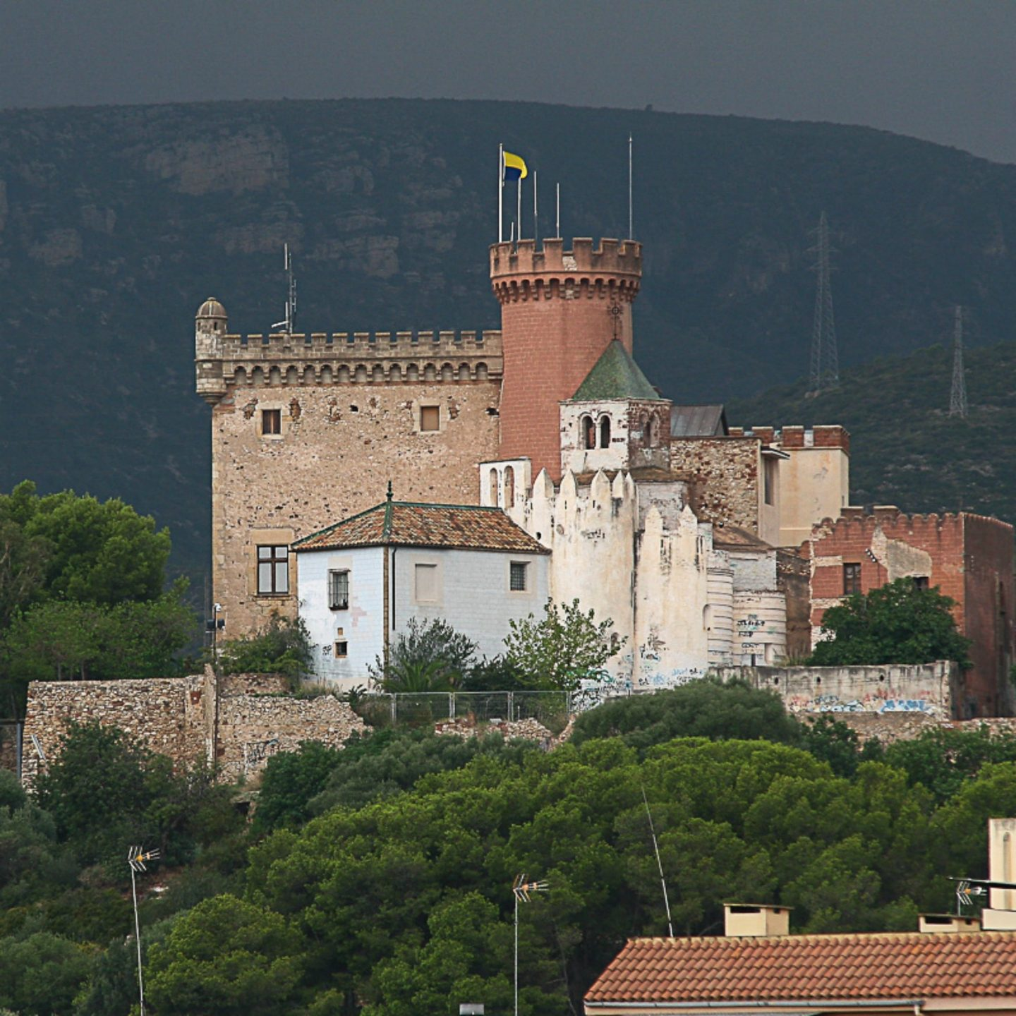 attractions-near-barcelona-castelldefels-castle