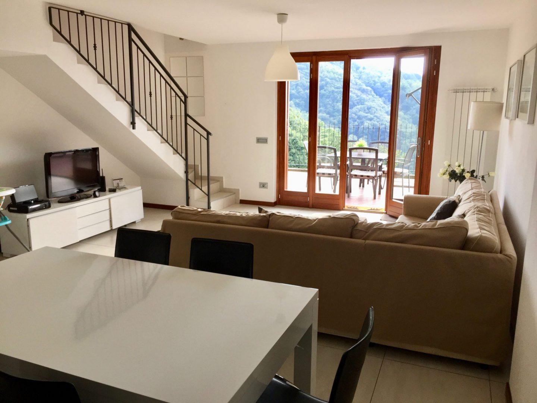 Living area - Luxury Italian Lakes villa