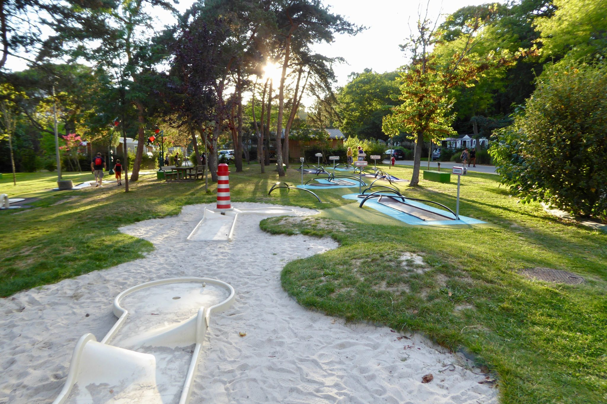 Mini golf Nantes - Review Nantes Camping in Brittany, France