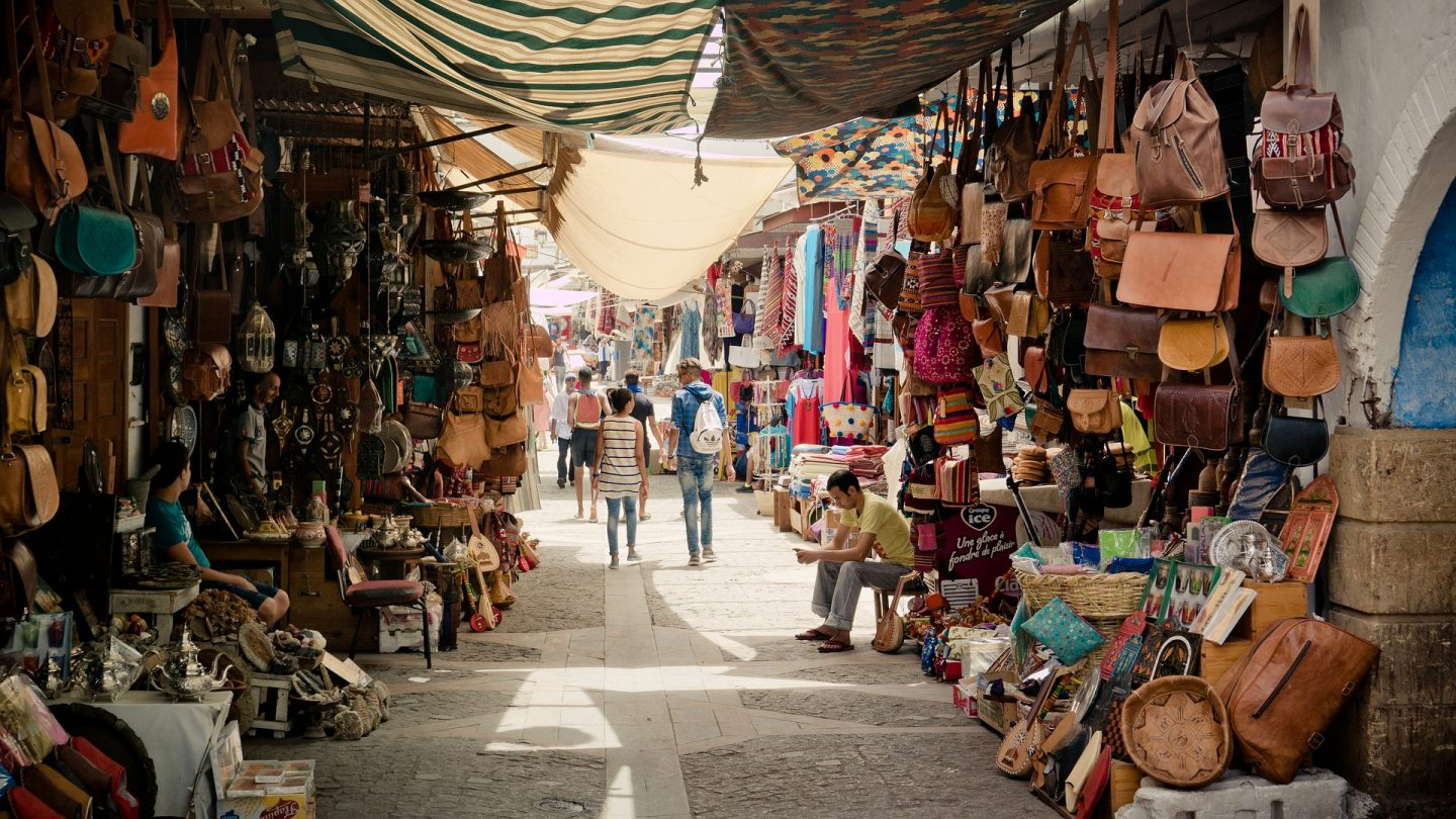Marrakesh with kids - visit the souks