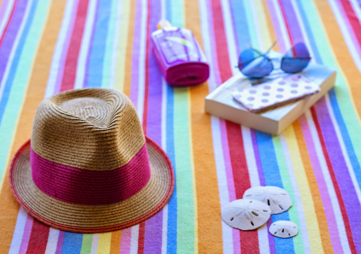 what to pack for a short break in the sun