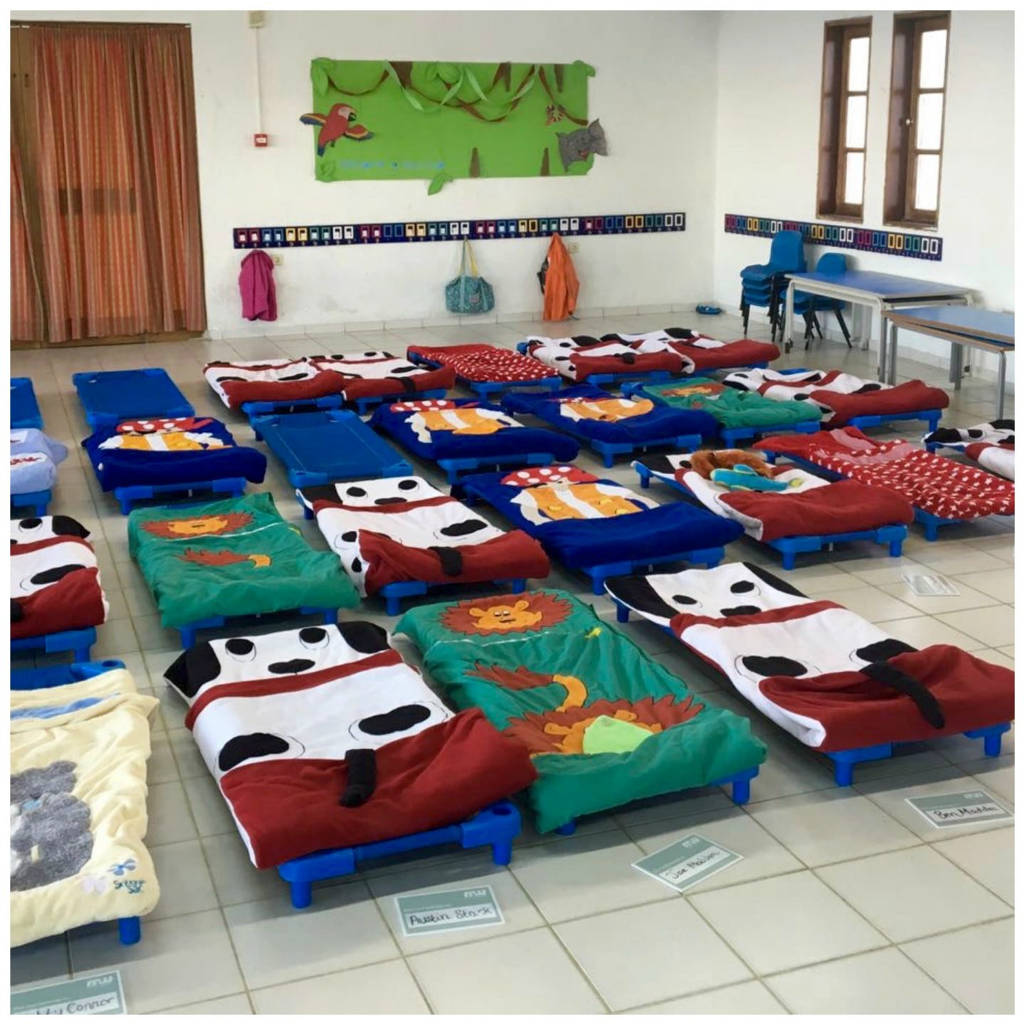 Childcare Mark Warner Lakitira Beach Resort - camp beds for evening listening service