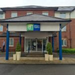 Review Holiday Inn Express, Gatwick Airport